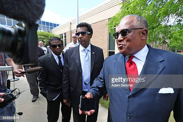 Prince's halfbrother Alfred Jackson walks out of the Carver County Justice Center on June 27 2016 in Chaska Minnesota Prince died on April 21 2016 at...