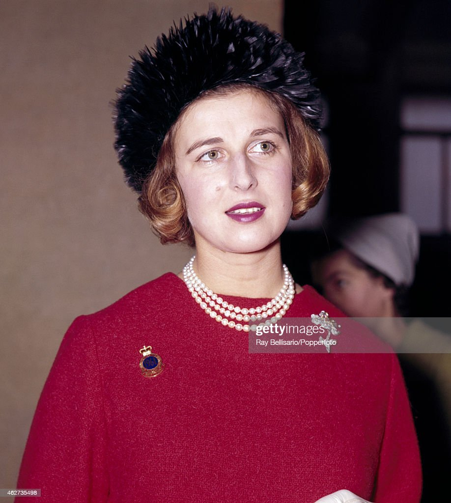 princess-alexandra-attending-the-dairy-show-in-earls-court-london-on-picture-id462735498