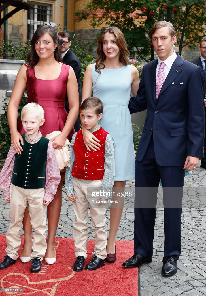 Princess Alexandra of Luxembourg, <a gi-track='captionPersonalityLinkClicked' href=/galleries/search?phrase=Princess+Tessy+of+Luxembourg&family=editorial&specificpeople=7064107 ng-click='$event.stopPropagation()'>Princess Tessy of Luxembourg</a>, <a gi-track='captionPersonalityLinkClicked' href=/galleries/search?phrase=Prince+Louis+of+Luxembourg&family=editorial&specificpeople=674475 ng-click='$event.stopPropagation()'>Prince Louis of Luxembourg</a>, Prince Noah of Luxmebourg (front L) and Prince Gabriel of Luxembourg (front R) arrive at their Civil Wedding Ceremony at Villa Rothschild Kempinski on September 17, 2013 in Konigstein, Germany.