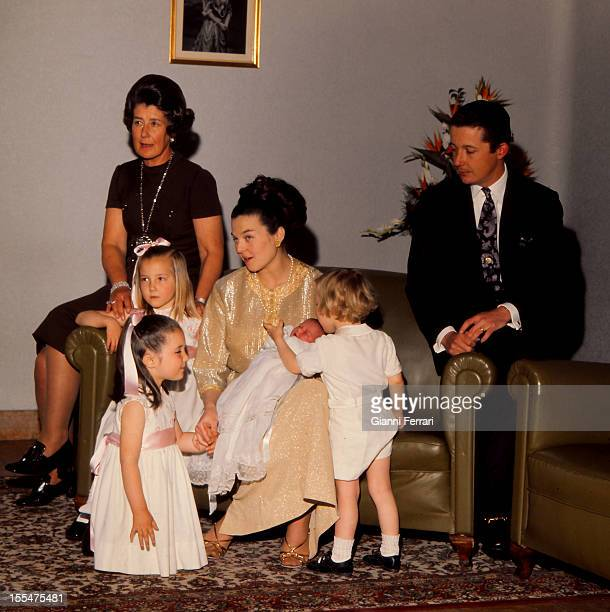 Princess Anne of Orleans daughter of the Counts of Paris Henry and Isabel on the birth of her fourth child Ines Princess Anne of Orleans with her...