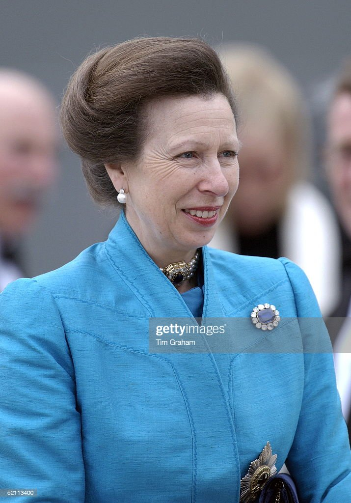buddhist single women in princess anne Like her sister (princess anne marie), the current reigning queen of denmark opted for a gown by jørgen bender, when she wed just three years later.