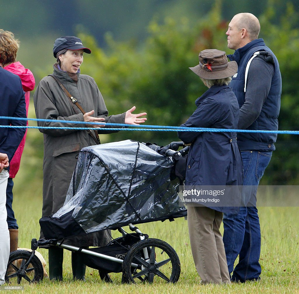 princess anne dating Relationship dating details of princess anne and mark phillips and all the other celebrities they've hooked up with.