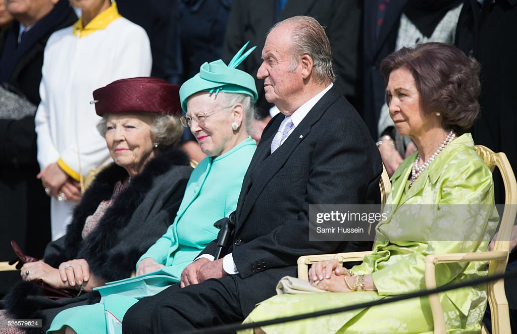 Princess <a gi-track='captionPersonalityLinkClicked' href=/galleries/search?phrase=Beatrix+of+the+Netherlands&family=editorial&specificpeople=92396 ng-click='$event.stopPropagation()'>Beatrix of the Netherlands</a>, Queen Margrethe II, King Juan Carlos of Spain and <a gi-track='captionPersonalityLinkClicked' href=/galleries/search?phrase=Queen+Sofia+of+Spain&family=editorial&specificpeople=160333 ng-click='$event.stopPropagation()'>Queen Sofia of Spain</a> attend the celebrations of the Swedish Armed Forces for the 70th birthday of King Carl Gustaf of Sweden on April 30, 2016 in Stockholm, Sweden.