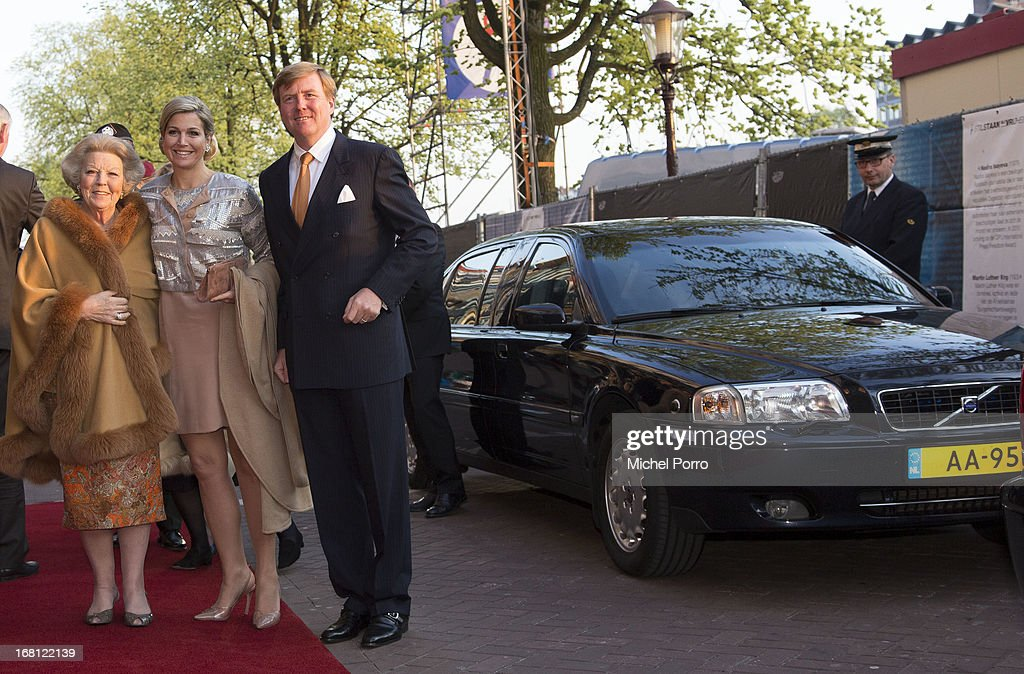 Princess Beatrix of The Netherlands, Queen Maxima of The Netherlands and <a gi-track='captionPersonalityLinkClicked' href=/galleries/search?phrase=King+Willem-Alexander&family=editorial&specificpeople=160214 ng-click='$event.stopPropagation()'>King Willem-Alexander</a> of The Netherlands attend the Freedom Concert on May 5, 2013 in Amsterdam Netherlands.