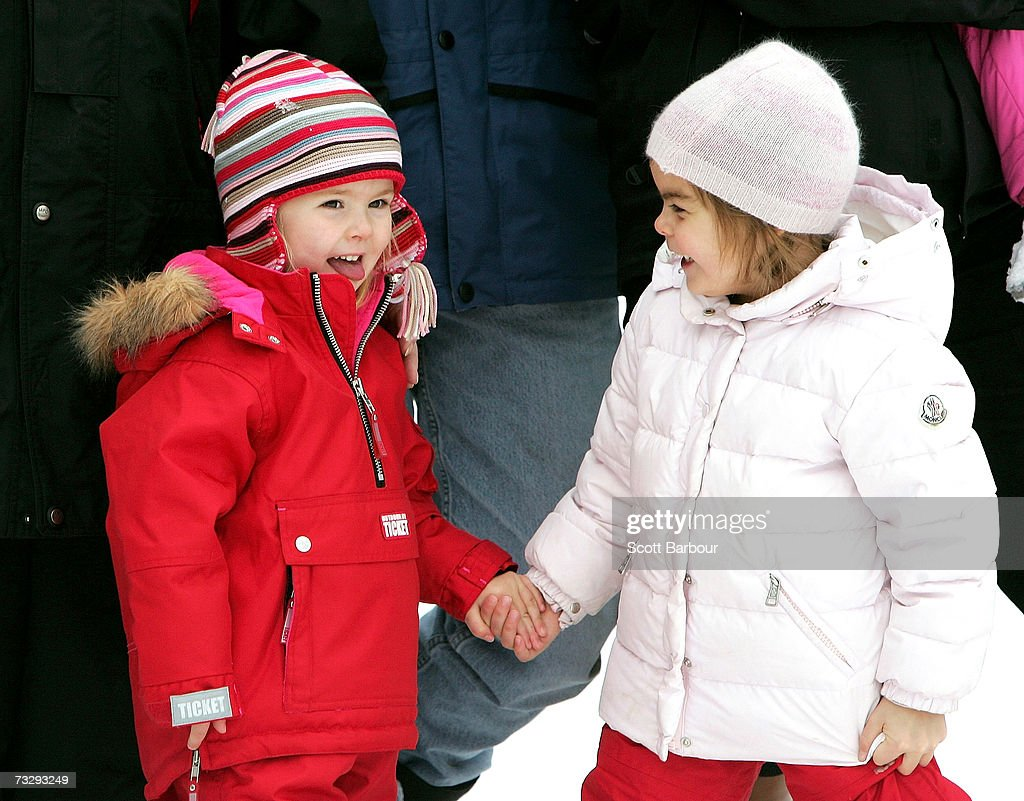 Princess Catharina-Amalia (L) and Countess of Orange Eloise pose for photographs at the start of their annual Austrian skiing holiday on February 11, 2006 in Lech, Austria.