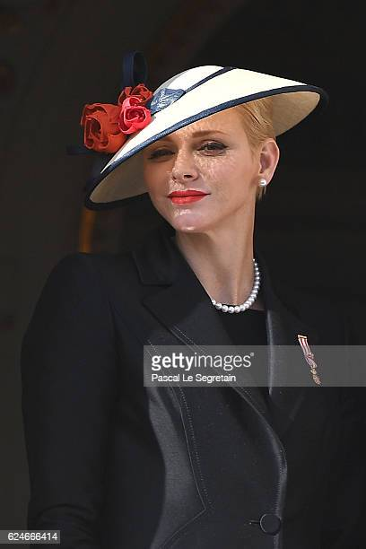 Princess Charlene of Monaco appears on the balcony of the Monaco palace during the National day on November 19 2016 in Monaco Monaco