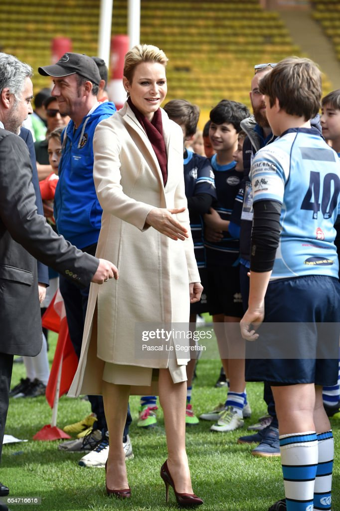 princess-charlene-of-monaco-greets-the-rugby-players-prior-the-sainte-picture-id654716616