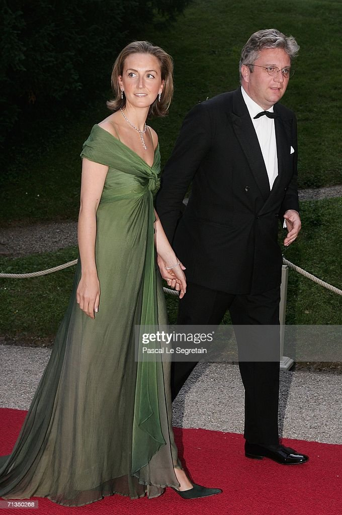 <a gi-track='captionPersonalityLinkClicked' href=/galleries/search?phrase=Princess+Claire+of+Belgium&family=editorial&specificpeople=215265 ng-click='$event.stopPropagation()'>Princess Claire of Belgium</a> (L) and <a gi-track='captionPersonalityLinkClicked' href=/galleries/search?phrase=Prince+Laurent+of+Belgium&family=editorial&specificpeople=786930 ng-click='$event.stopPropagation()'>Prince Laurent of Belgium</a> (R) pose as they arrive to attend a royal dinner that is part of the Grand Duke Henri of Luxembourg's silver wedding aniversary celebrations at The Berg Castle on July 1, 2006 in Luxembourg.