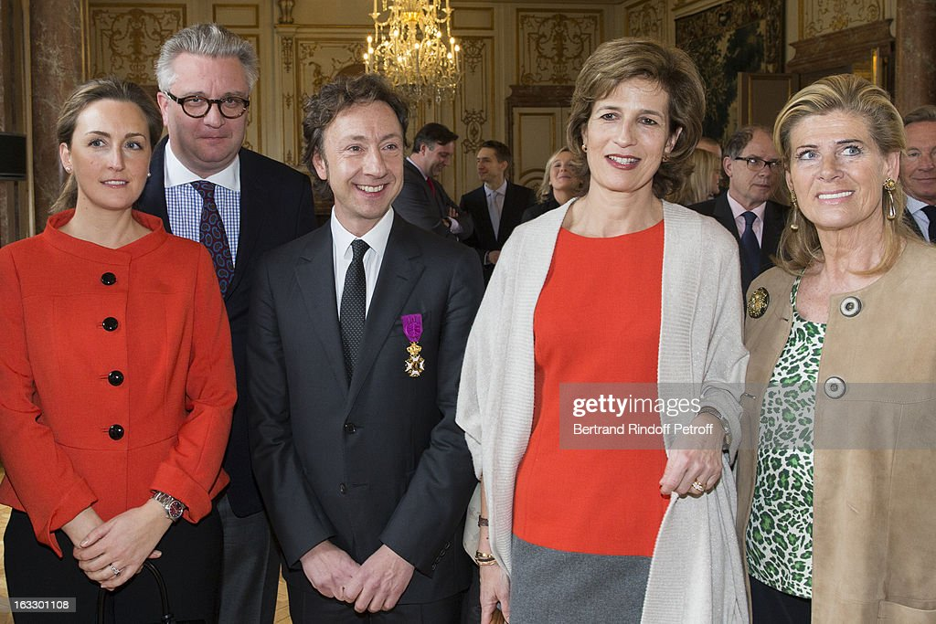 <a gi-track='captionPersonalityLinkClicked' href=/galleries/search?phrase=Princess+Claire+of+Belgium&family=editorial&specificpeople=215265 ng-click='$event.stopPropagation()'>Princess Claire of Belgium</a>, <a gi-track='captionPersonalityLinkClicked' href=/galleries/search?phrase=Prince+Laurent+of+Belgium&family=editorial&specificpeople=786930 ng-click='$event.stopPropagation()'>Prince Laurent of Belgium</a>, French journalist and author <a gi-track='captionPersonalityLinkClicked' href=/galleries/search?phrase=Stephane+Bern&family=editorial&specificpeople=2143398 ng-click='$event.stopPropagation()'>Stephane Bern</a>, Princess Esmeralda of Belgium and Princess Lea of Belgium pose after Bern was appointed officer in the King Leopold order during a ceremony at Palais d'Egmont on March 7, 2013 in Brussels, Belgium.