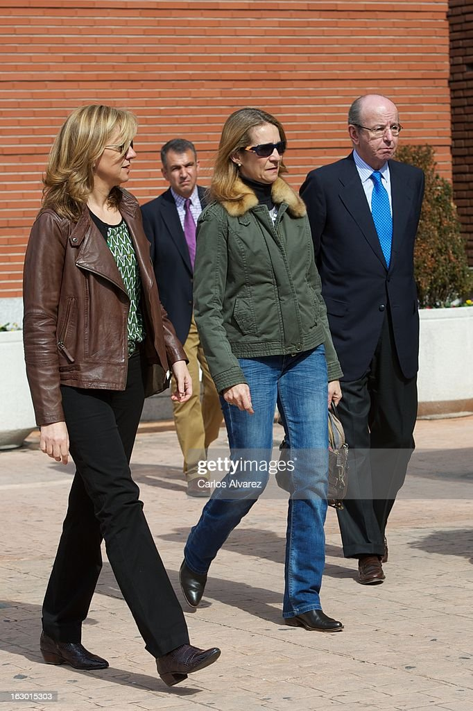 <a gi-track='captionPersonalityLinkClicked' href=/galleries/search?phrase=Princess+Cristina+of+Spain&family=editorial&specificpeople=160232 ng-click='$event.stopPropagation()'>Princess Cristina of Spain</a> (L) and <a gi-track='captionPersonalityLinkClicked' href=/galleries/search?phrase=Princess+Elena+of+Spain&family=editorial&specificpeople=160235 ng-click='$event.stopPropagation()'>Princess Elena of Spain</a> (R) visit King Juan Carlos of Spain at La Milagrosa Hospital on March 3, 2013 in Madrid, Spain. King Juan Carlos of Spain goes under surgery for a lower back disc hernia at La Milagrosa Hospital on March 3, 2013 in Madrid, Spain. He had hip surgery last November. The King has had several other health issues in the past two years, including knee surgery and the removal of a benign lung tumor.