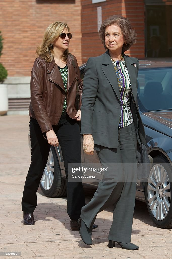 <a gi-track='captionPersonalityLinkClicked' href=/galleries/search?phrase=Princess+Cristina+of+Spain&family=editorial&specificpeople=160232 ng-click='$event.stopPropagation()'>Princess Cristina of Spain</a> (L) and <a gi-track='captionPersonalityLinkClicked' href=/galleries/search?phrase=Queen+Sofia+of+Spain&family=editorial&specificpeople=160333 ng-click='$event.stopPropagation()'>Queen Sofia of Spain</a> (R) visit King Juan Carlos of Spain at La Milagrosa Hospital on March 3, 2013 in Madrid, Spain. King Juan Carlos of Spain goes under surgery for a lower back disc hernia at La Milagrosa Hospital on March 3, 2013 in Madrid, Spain. He had hip surgery last November. The King has had several other health issues in the past two years, including knee surgery and the removal of a benign lung tumor.