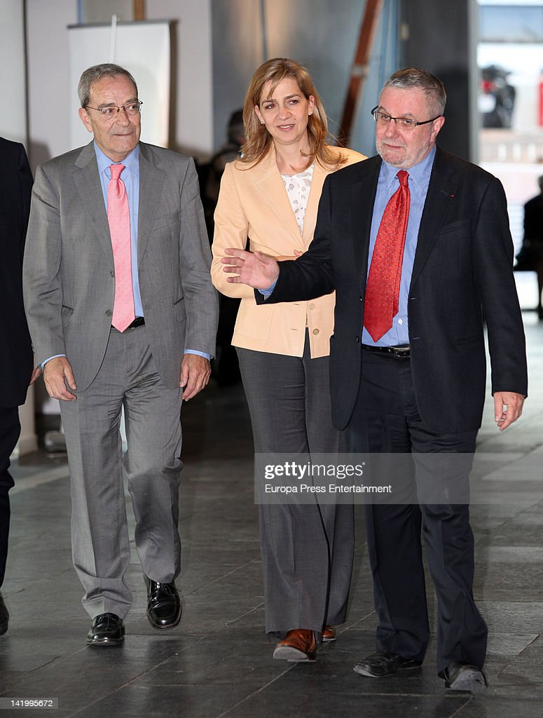 Princess Cristina of Spain attends the opening of 'Epidemia' exhibition at Cosmocaixa on March 27, 2012 in Barcelona, Spain.