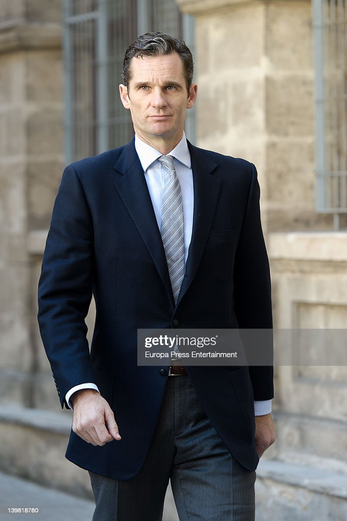 <a gi-track='captionPersonalityLinkClicked' href=/galleries/search?phrase=Princess+Cristina+of+Spain&family=editorial&specificpeople=160232 ng-click='$event.stopPropagation()'>Princess Cristina of Spain</a>'s husband <a gi-track='captionPersonalityLinkClicked' href=/galleries/search?phrase=Inaki+Urdangarin&family=editorial&specificpeople=159330 ng-click='$event.stopPropagation()'>Inaki Urdangarin</a> returns after lunch to give evidence during the 'Palma Arena trial' at the courthouse on February 25, 2012 in Palma de Mallorca, Spain. The son-in-law of King Juan Carlos I of Spain, <a gi-track='captionPersonalityLinkClicked' href=/galleries/search?phrase=Inaki+Urdangarin&family=editorial&specificpeople=159330 ng-click='$event.stopPropagation()'>Inaki Urdangarin</a>, Duke of Palma has been charged due to the investigation over claims that he misused millions of euros of public funds.