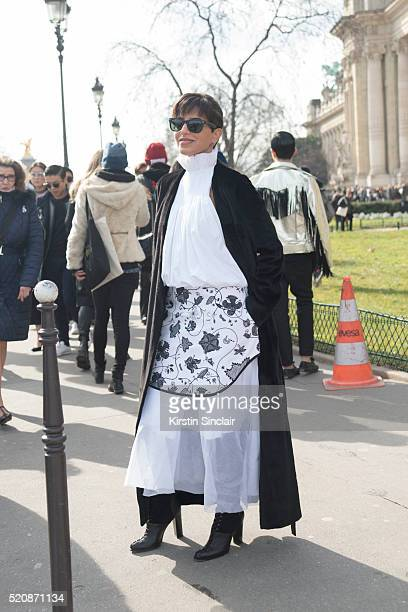 Princess Deena Aljuhani Abdulaziz on day 8 during Paris Fashion Week Autumn/Winter 2016/17 on March 8 2016 in Paris France Princess Deena Aljuhani...