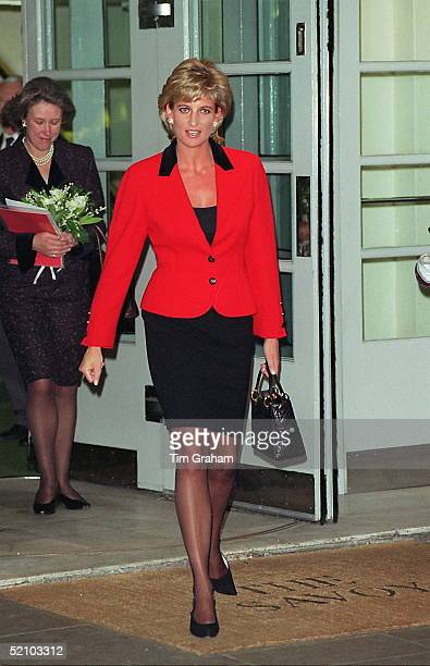 Princess Diana Attending The Launch Of Childline's 18th Birthday Appeal At The Savoy Hotel London