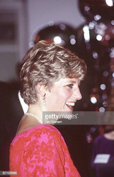 Princess Diana President Royal Marsden Hospital Attending The 'joy To The World' Concert At The Royal Albert Hall In London