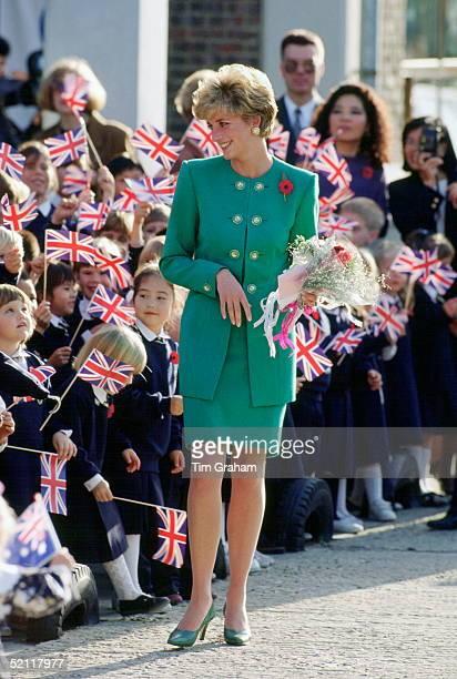 Princess Diana Visiting The British School In Seoul Korea