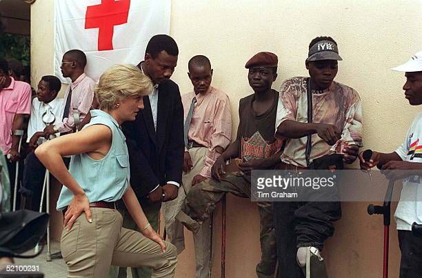 Princess Diana With People Injured By Land Mines At Neves Bendinha Orthopaedic Workshop In Luanda Angola