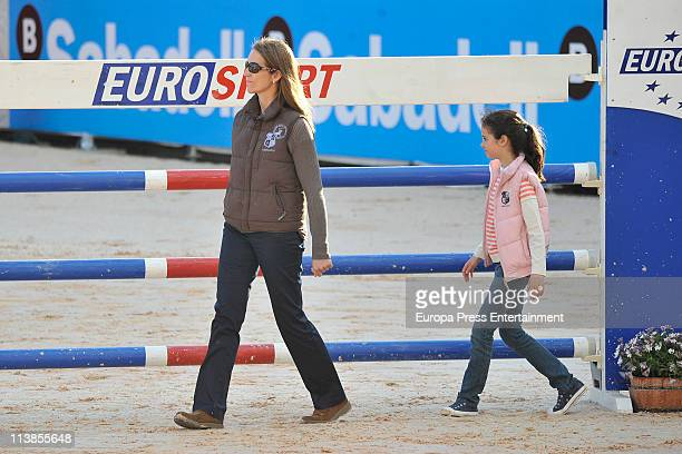 Princess Elena and her daughter Victoria Federica have a look at the parcour during the Global Champions Tour 2011 on May 8 2011 in Valencia Spain
