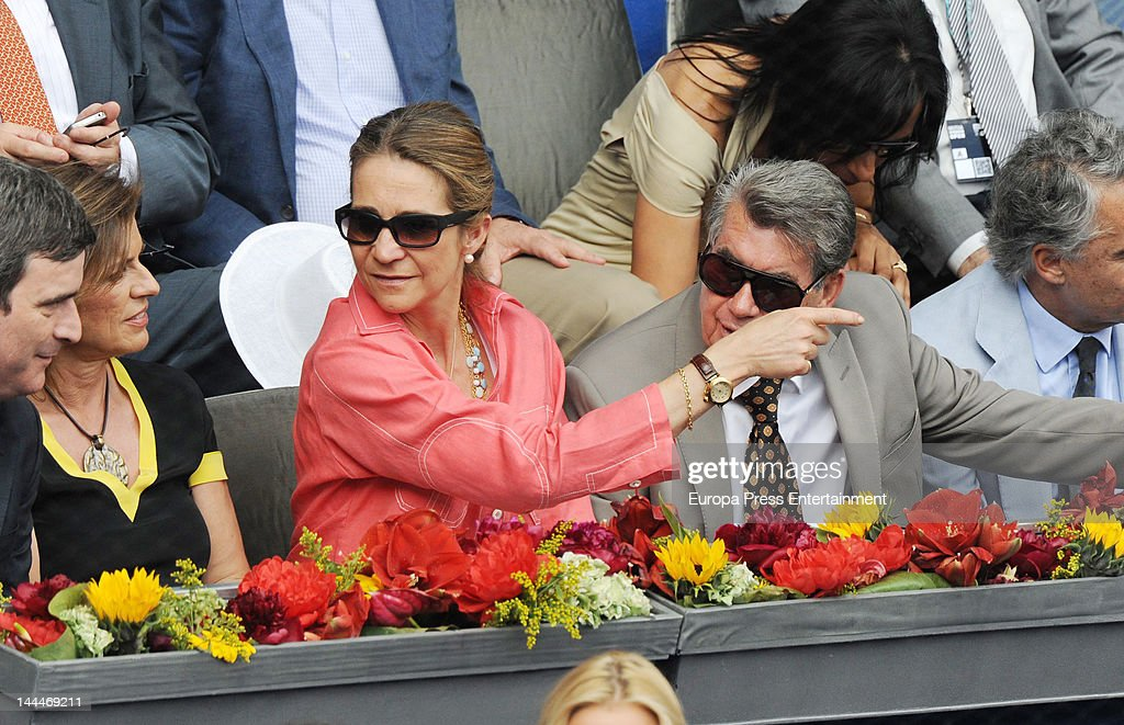 Princess Elena of Spain (C) and Manolo Santana (R) attend Mutua Madrilena Madrid Open on May 13, 2012 in Madrid, Spain.