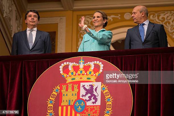 Princess Elena of Spain attends Beneficencia bullfight surrounded by Madrid Comunity President Ignacio Gonzalez and Spanish Culture Minister Jose...