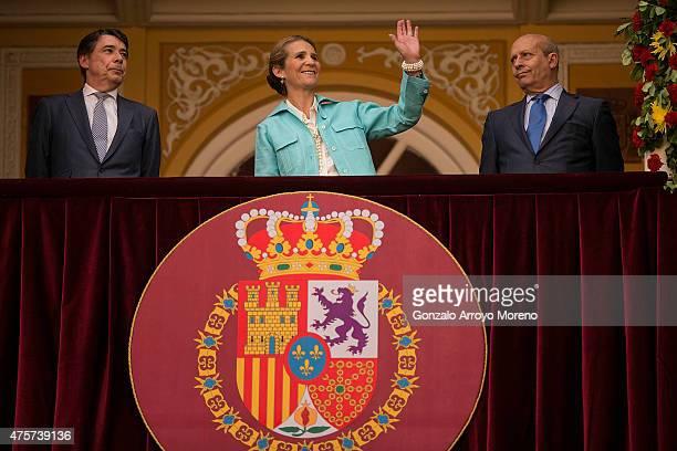 Princess Elena of Spain attends Beneficencia bullfight with Madrid Comunity President Ignacio Gonzalez and Spanish Culture Minister Jose Ignacio Wert...