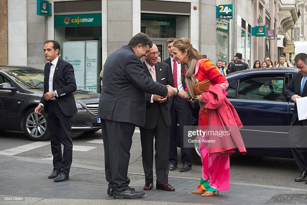<a gi-track='captionPersonalityLinkClicked' href=/galleries/search?phrase=Princess+Elena+of+Spain&family=editorial&specificpeople=160235 ng-click='$event.stopPropagation()'>Princess Elena of Spain</a> (R) attends 'Dia de la Caridad' on May 26, 2016 in Madrid, Spain.