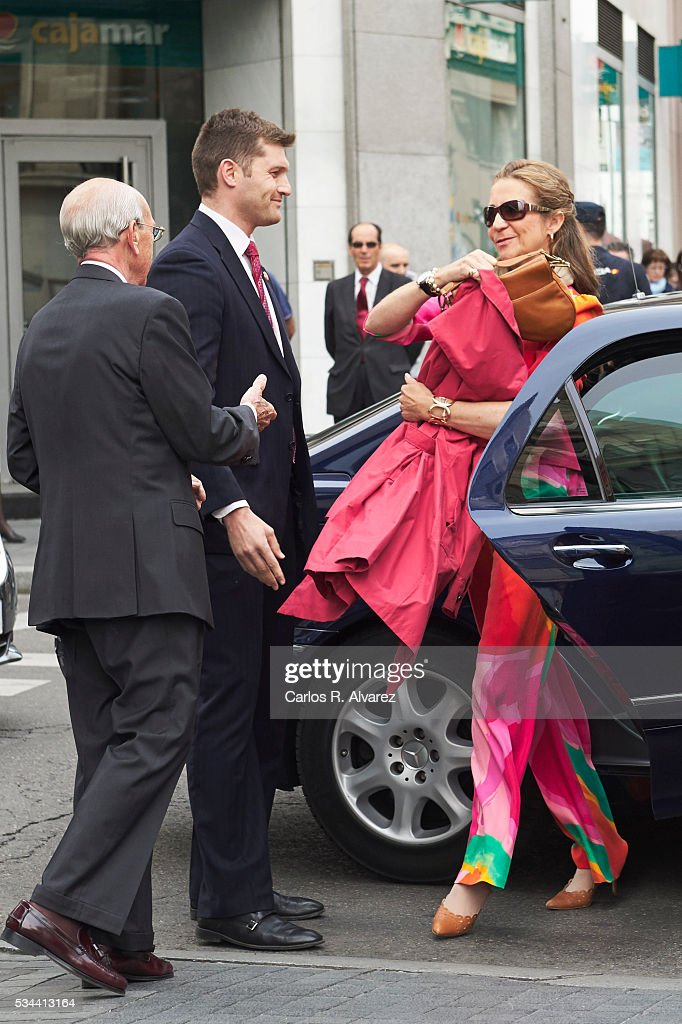 Princess Elena of Spain (R) attends 'Dia de la Caridad' on May 26, 2016 in Madrid, Spain.