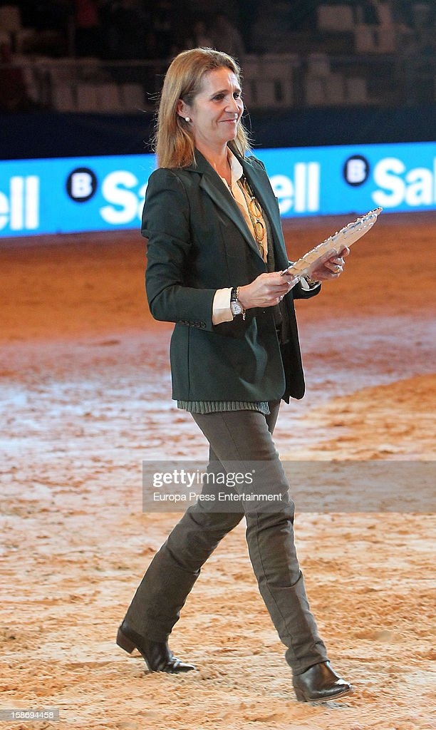 <a gi-track='captionPersonalityLinkClicked' href=/galleries/search?phrase=Princess+Elena+of+Spain&family=editorial&specificpeople=160235 ng-click='$event.stopPropagation()'>Princess Elena of Spain</a> attends Madrid Horse Week Fair 2012 at Ifema on December 23, 2012 in Madrid, Spain.
