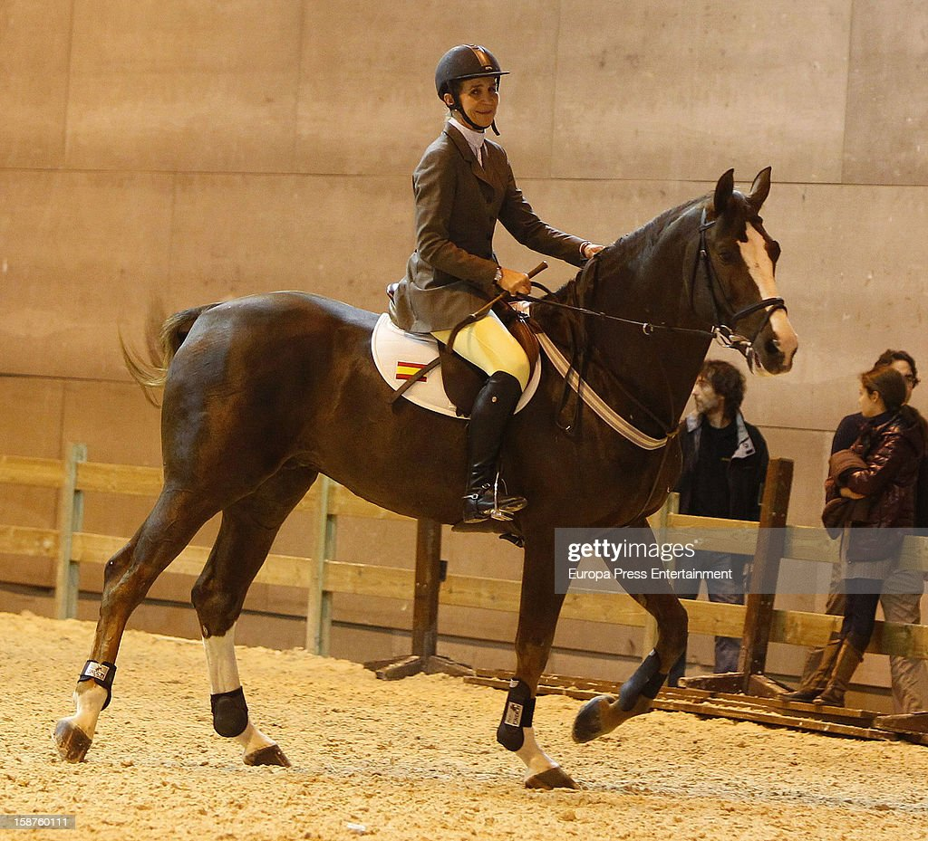 <a gi-track='captionPersonalityLinkClicked' href=/galleries/search?phrase=Princess+Elena+of+Spain&family=editorial&specificpeople=160235 ng-click='$event.stopPropagation()'>Princess Elena of Spain</a> attends Madrid Horse Week Fair 2012 at Ifema on December 21, 2012 in Madrid, Spain.