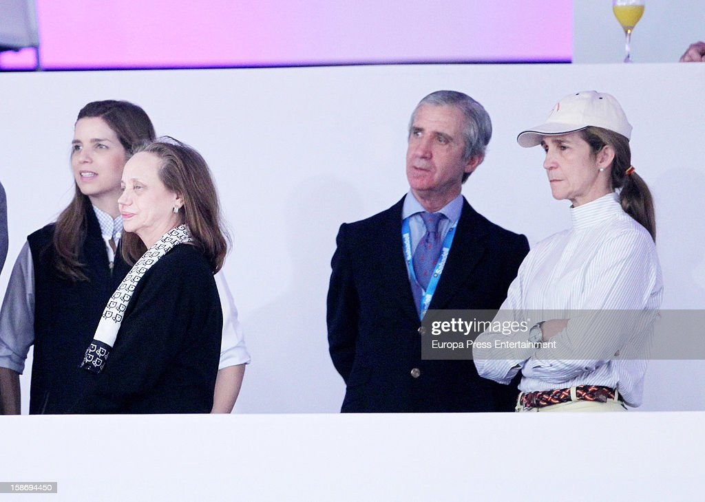 <a gi-track='captionPersonalityLinkClicked' href=/galleries/search?phrase=Princess+Elena+of+Spain&family=editorial&specificpeople=160235 ng-click='$event.stopPropagation()'>Princess Elena of Spain</a> (R), Baroness of Alaquas Amparo Corell (2L) and Margarita Vargas (L) attend Madrid Horse Week Fair 2012 at Ifema on December 23, 2012 in Madrid, Spain.