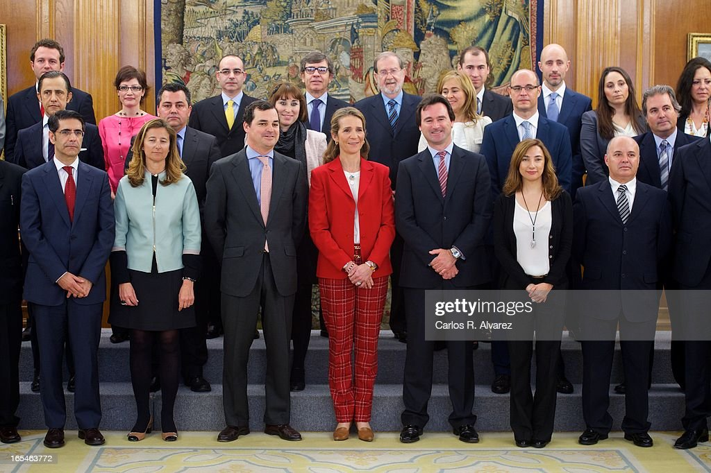 <a gi-track='captionPersonalityLinkClicked' href=/galleries/search?phrase=Princess+Elena+of+Spain&family=editorial&specificpeople=160235 ng-click='$event.stopPropagation()'>Princess Elena of Spain</a> (C) receives 'Un Juguete, Una Ilusion' Foundation members at the Zarzuela Palace on April 4, 2013 in Madrid, Spain.