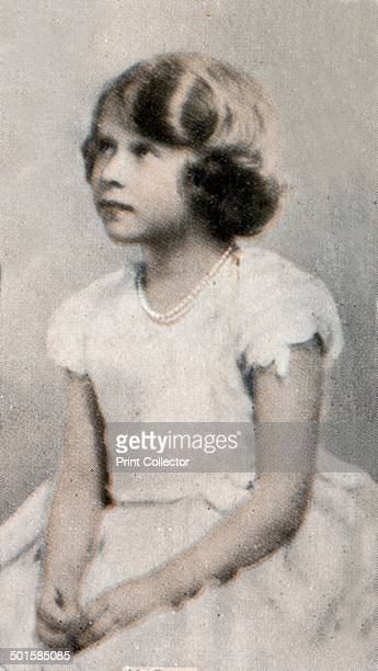 HRH Princess Elizabeth Alexandra Mary of York A print from the photo album Popular Personalities issued for Piccadilly Juniors Oval Photos 1935