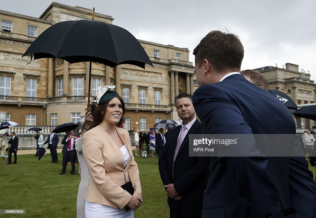 <a gi-track='captionPersonalityLinkClicked' href=/galleries/search?phrase=Princess+Eugenie&family=editorial&specificpeople=160237 ng-click='$event.stopPropagation()'>Princess Eugenie</a> speaks to guests during a garden party held at Buckingham Palace, on May 30, 2013 in London, England.