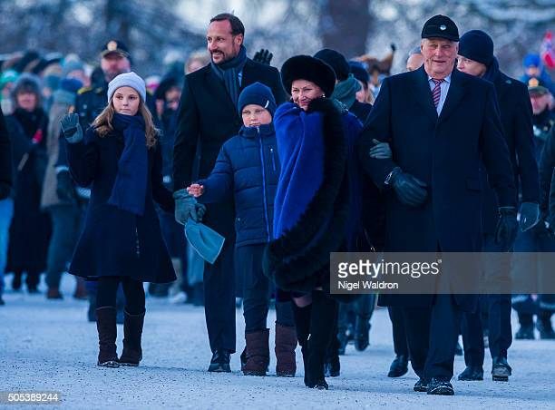 LR Princess Ingrid Alexandra of Norway Crown Prince Haakon of NorwayPrince Sverre Magnus of Norway Queen Sonja of Norway and King Harald of Norway...