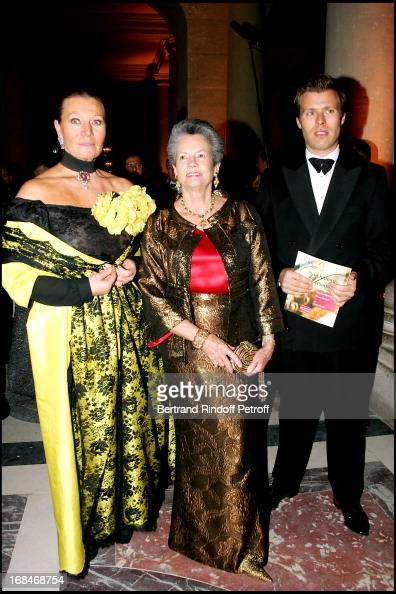 Princess Isabelle of Liechtenstein and son Prince Wenceslas and Anne Aymone Giscard D'Estaing Gala dinner for the international night of childhood...