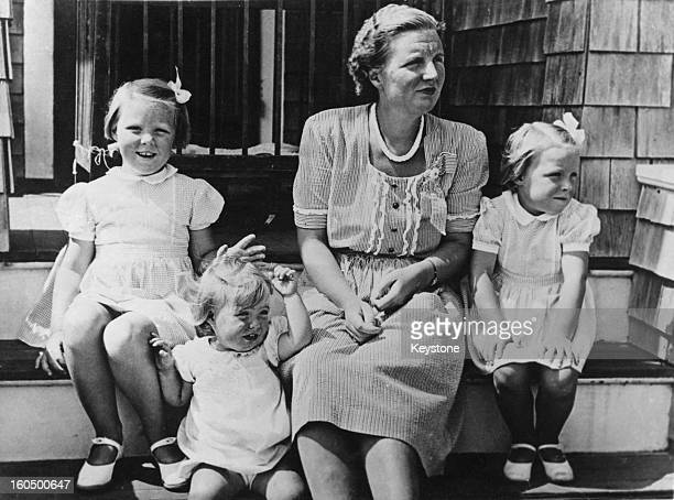 Princess Juliana with her daughters Princess Margriet Princess Beatrix and Princess Irene in Canada 1942