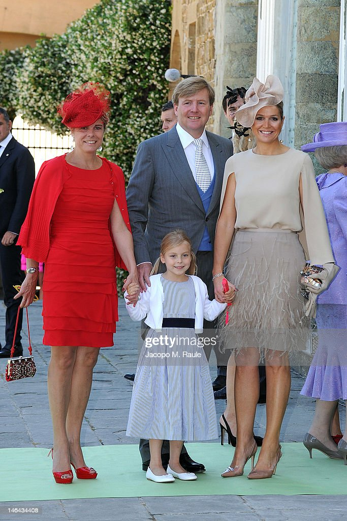 <a gi-track='captionPersonalityLinkClicked' href=/galleries/search?phrase=Princess+Laurentien&family=editorial&specificpeople=212952 ng-click='$event.stopPropagation()'>Princess Laurentien</a> of the Netherlands, Countess of Orange Leonore, Prince Willem-Alexander and Princess Maxima of the Netherlands arrive for the Princess Carolina Church Wedding With Mr Albert Brenninkmeijer at Basilica di San Miniato al Monte on June 16, 2012 in Florence, Italy.