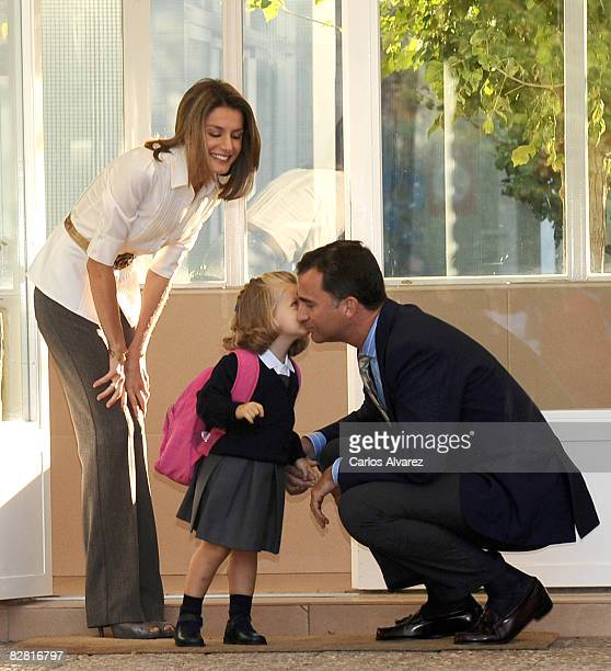 Princess Leonor arrives at school on her first day with parents Crown Prince Felipe and Princess Letizia on September 15 2008 at 'Santa Maria de los...