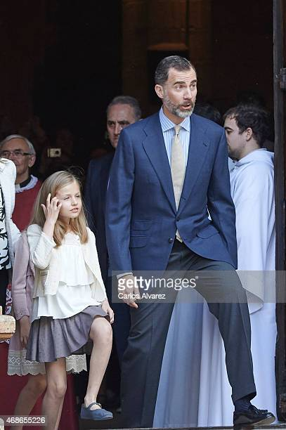 Princess Leonor of Spain and King Felipe VI of Spain attend the Easter Mass at the Cathedral of Palma de Mallorca on April 5 2015 in Palma de...