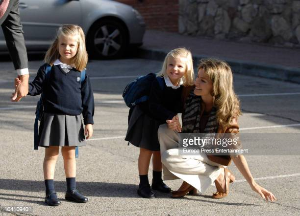 Princess Leonor Princess Sofia and Princess Letizia arrive at the school on September 15 2010 in Madrid Spain