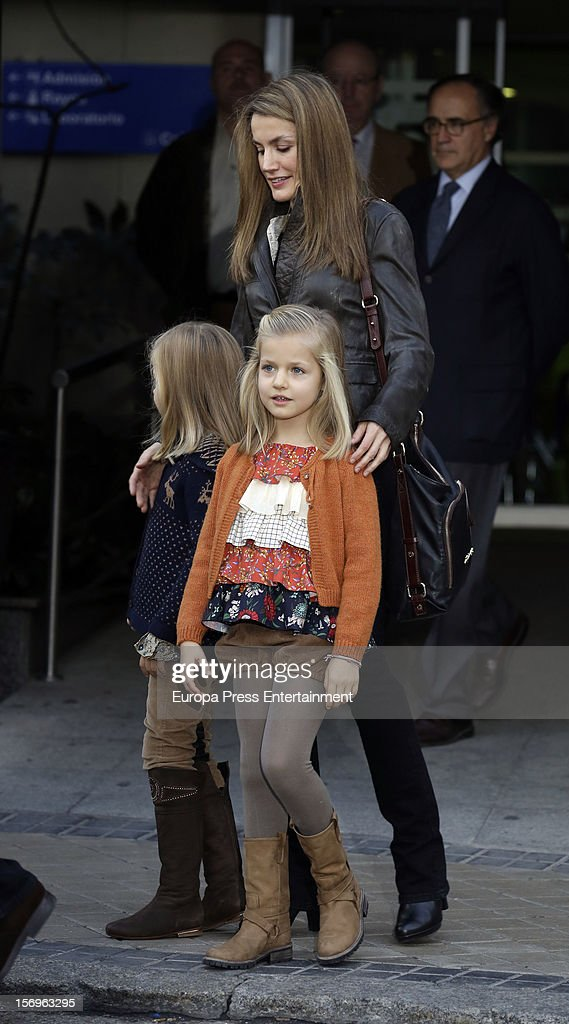 Princess Letizia and her daughters Princess <a gi-track='captionPersonalityLinkClicked' href=/galleries/search?phrase=Leonor+-+Princess+of+Asturias&family=editorial&specificpeople=6328965 ng-click='$event.stopPropagation()'>Leonor</a> (R) and Princess Sofia visit King Juan Carlos of Spain on November 25, 2012 in Madrid, Spain. King Juan Carlos of Spain underwent an operation on his left hip.