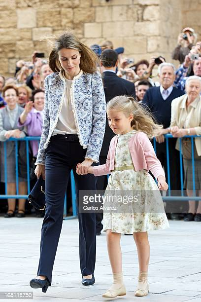 Princess Letizia of Spain and her daugther Princess Leonor of Spain attend Easter Mass at the Cathedral of Palma de Mallorca on March 31 2013 in...