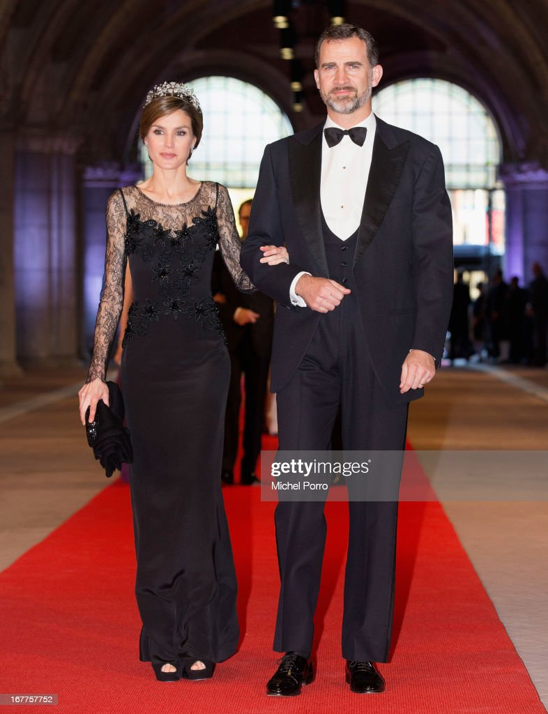 Princess <a gi-track='captionPersonalityLinkClicked' href=/galleries/search?phrase=Letizia+of+Spain&family=editorial&specificpeople=158373 ng-click='$event.stopPropagation()'>Letizia of Spain</a> and Prince Felipe of Spain attend a dinner hosted by Queen Beatrix of The Netherlands ahead of her abdication in favour of Crown Prince Willem Alexander at Rijksmuseum on April 29, 2013 in Amsterdam, Netherlands.