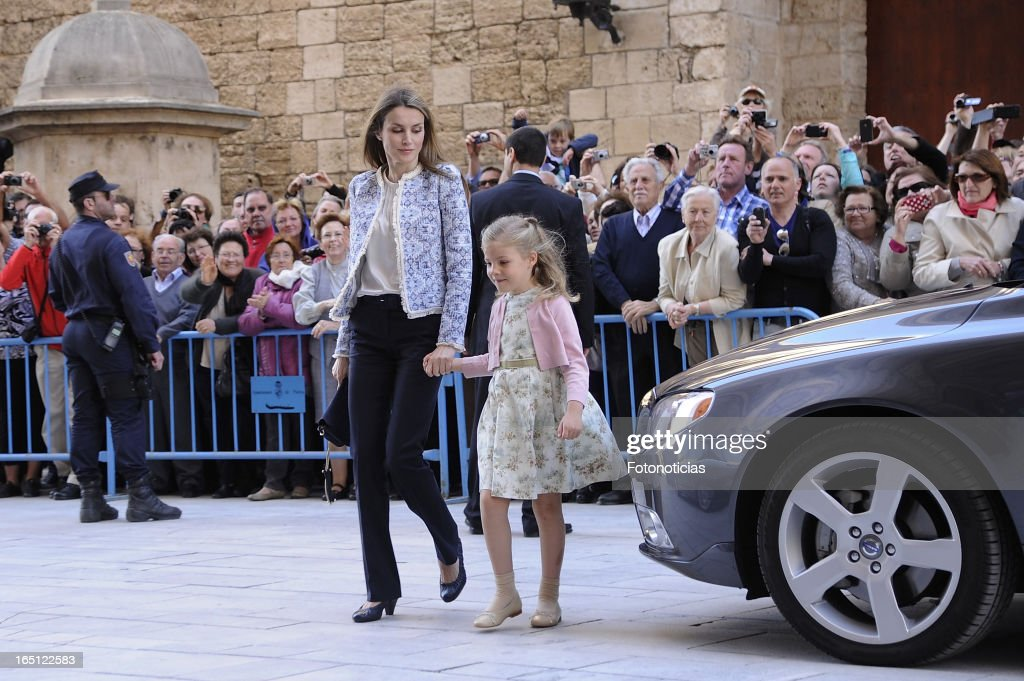 Princess Letizia of Spain and Princess Sofia of Spain attend Easter Mass at The Cathedral of Palma de Mallorca on March 31, 2013 in Palma de Mallorca, Spain.