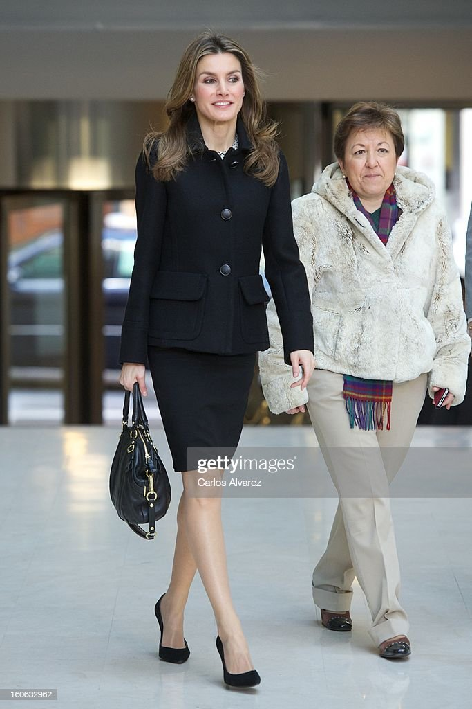 Princess Letizia of Spain (L) arrives to Forum against Cancer on February 4, 2013 in Madrid, Spain.
