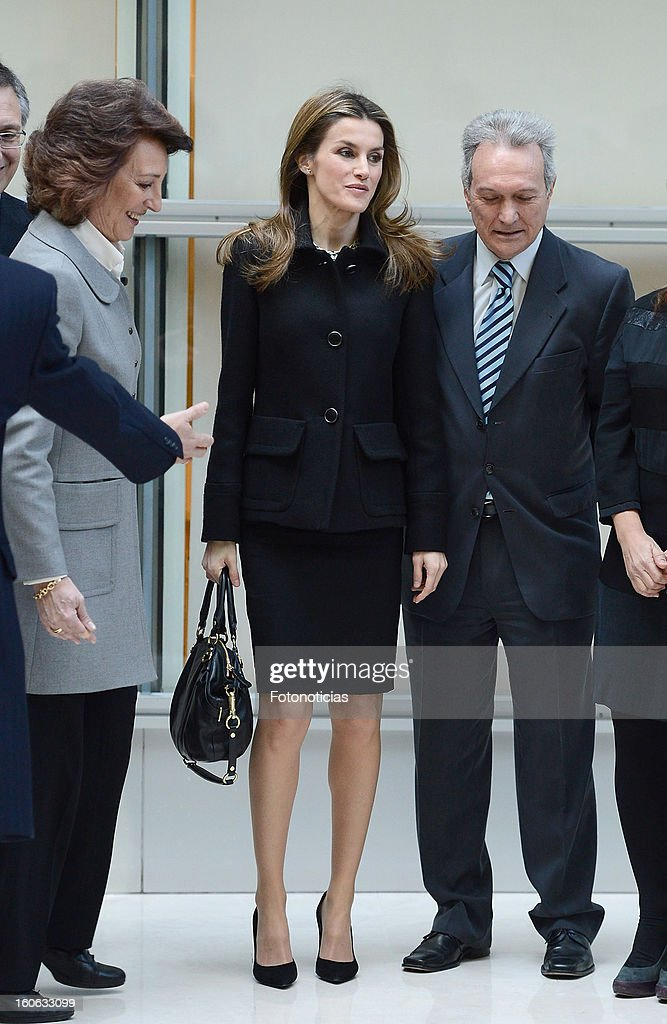 Princess Letizia of Spain (C) arrives to the Forum Against Cancer organized by the AECC on February 4, 2013 in Madrid, Spain.