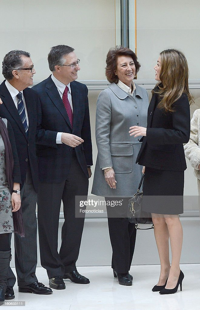Princess <a gi-track='captionPersonalityLinkClicked' href=/galleries/search?phrase=Letizia+of+Spain&family=editorial&specificpeople=158373 ng-click='$event.stopPropagation()'>Letizia of Spain</a> (R) arrives to the Forum Against Cancer organized by the AECC on February 4, 2013 in Madrid, Spain.