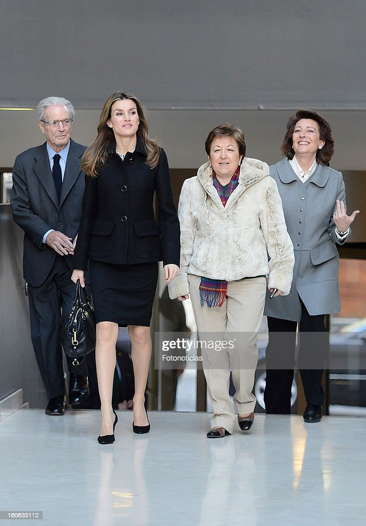 Princess <a gi-track='captionPersonalityLinkClicked' href=/galleries/search?phrase=Letizia+of+Spain&family=editorial&specificpeople=158373 ng-click='$event.stopPropagation()'>Letizia of Spain</a> (2nd L) arrives to the Forum Against Cancer organized by the AECC on February 4, 2013 in Madrid, Spain.