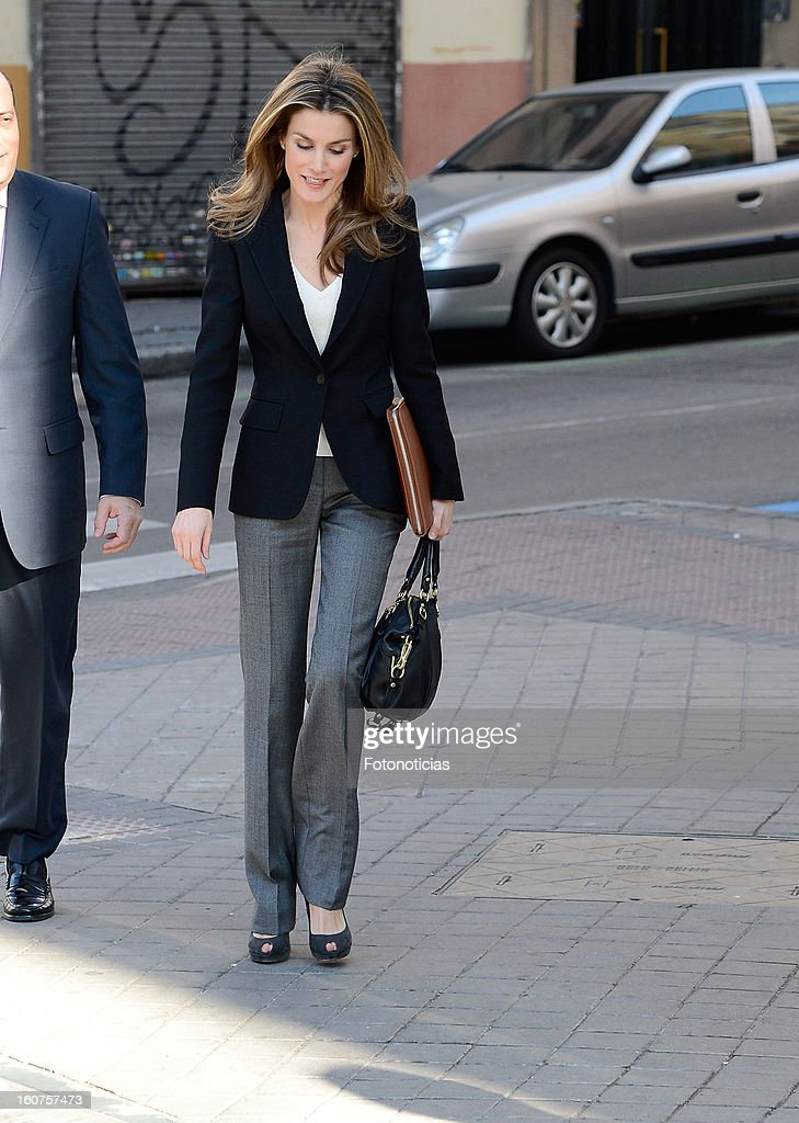 Princess <a gi-track='captionPersonalityLinkClicked' href=/galleries/search?phrase=Letizia+of+Spain&family=editorial&specificpeople=158373 ng-click='$event.stopPropagation()'>Letizia of Spain</a> arrives to the 'Rare Diseases Spanish Federation' on February 5, 2013 in Madrid, Spain.